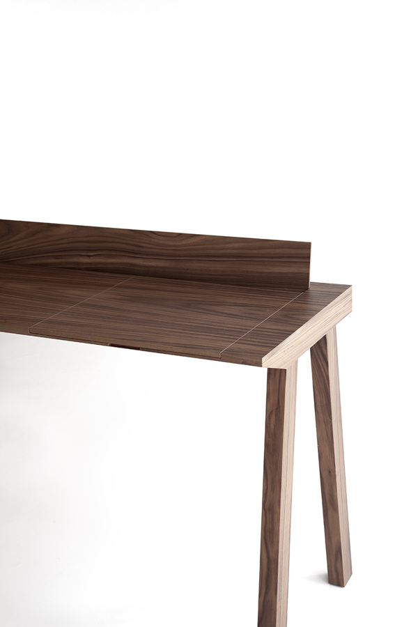 Borja Garcia Studio Ernest desk product design _009