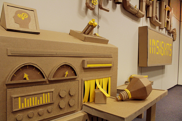 Oupas Design Creative Machines cardboard exhibition design _000